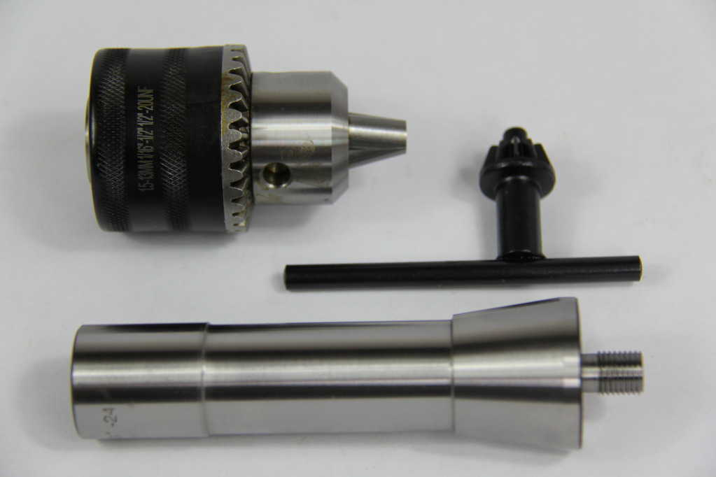 1/64-1/4' CAPACITY THREADED DRILL CHUCK & 3/8'-24 X R8 ARBOR FOR WOODWORKING